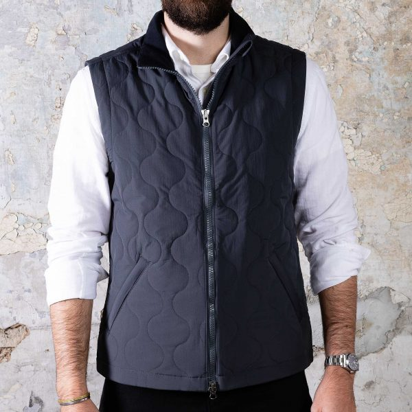 Vertical Vest - Charcoal