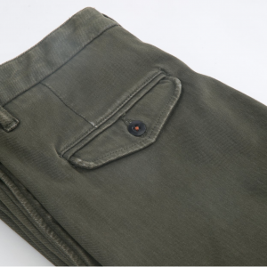 Axe Chino Military Green Detail