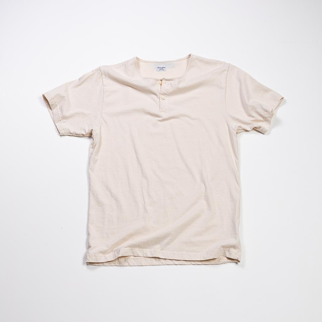 Homespun Knitwear Short Sleeve Henley Tee :: Natural